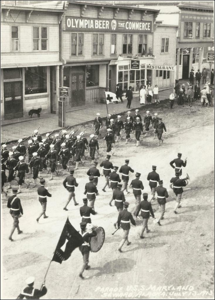 Welcoming parade for the USS Maryland. From the collection of the Olympia Tumwater Foundation.